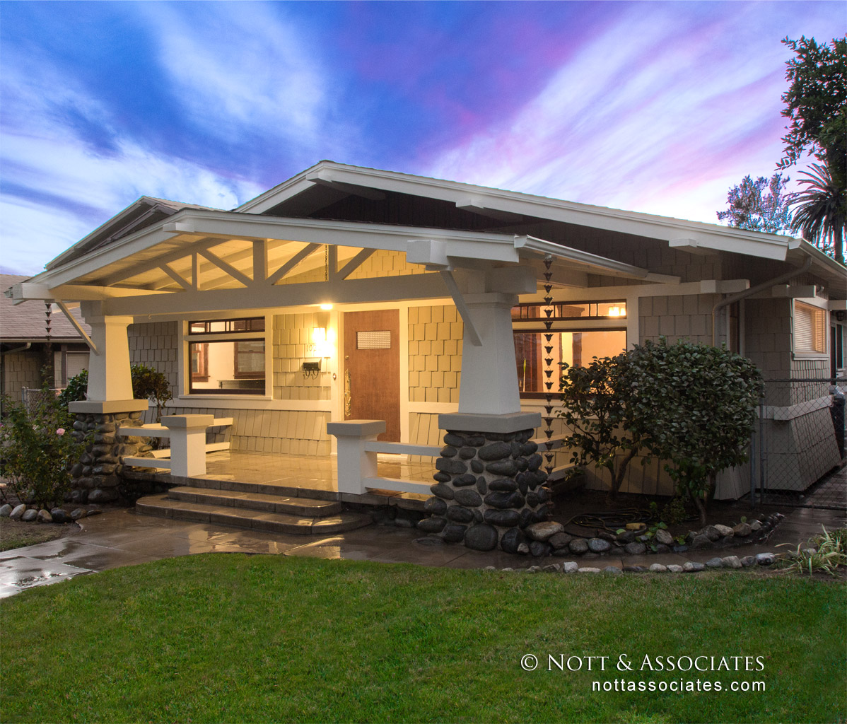 Completely Restored 1910 Craftsman Home In South Pasadena