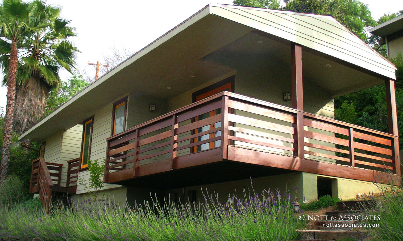 Ipe wood deck railing and staircase