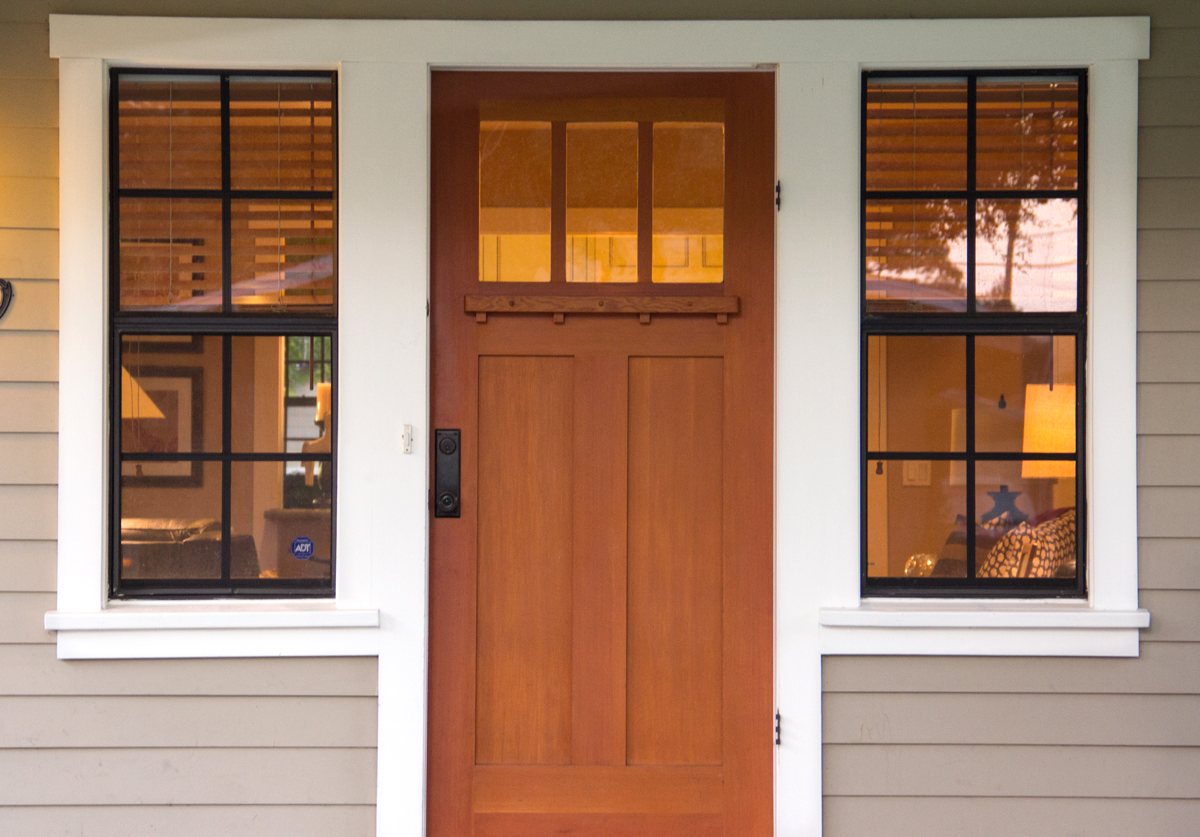 This Craftsman Bungalow front door is detailed as a Gustav Stickley reproduction from T.M. Cobb window manu [...] : tmcobb doors - pezcame.com