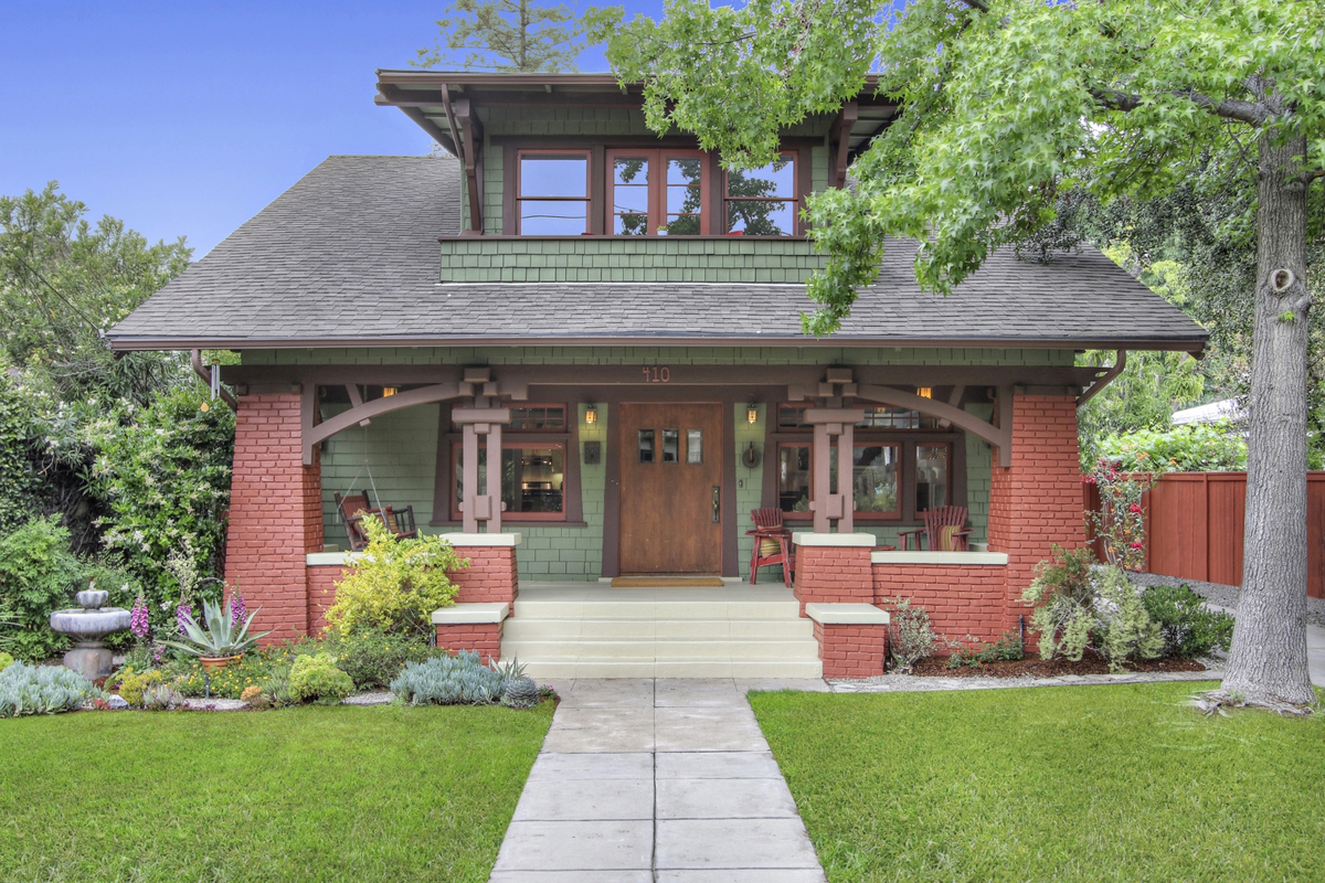Restored 100 year old Craftsman with decorative historic corbels