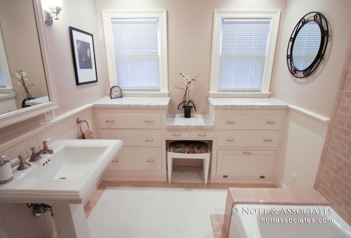 501 N Campbell Bathroom 2-Alex