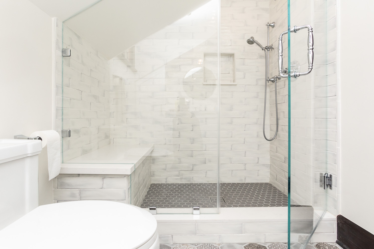 Large Walk In Shower With Marble Bench Hand Held Shower